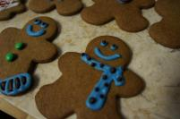 More gingerbread - find adding tiny dot of chocolate make the gingerbread man looks a lot more lively