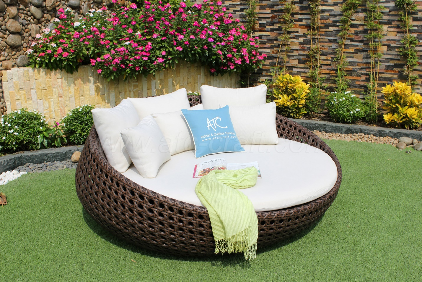 canopy daybed outdoor wicker sun sofa lounge contemporary navy blue sectional daybeds loungers and sunbeds what are