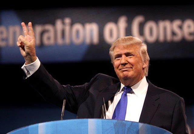 Trump Freezes Federal Hiring
