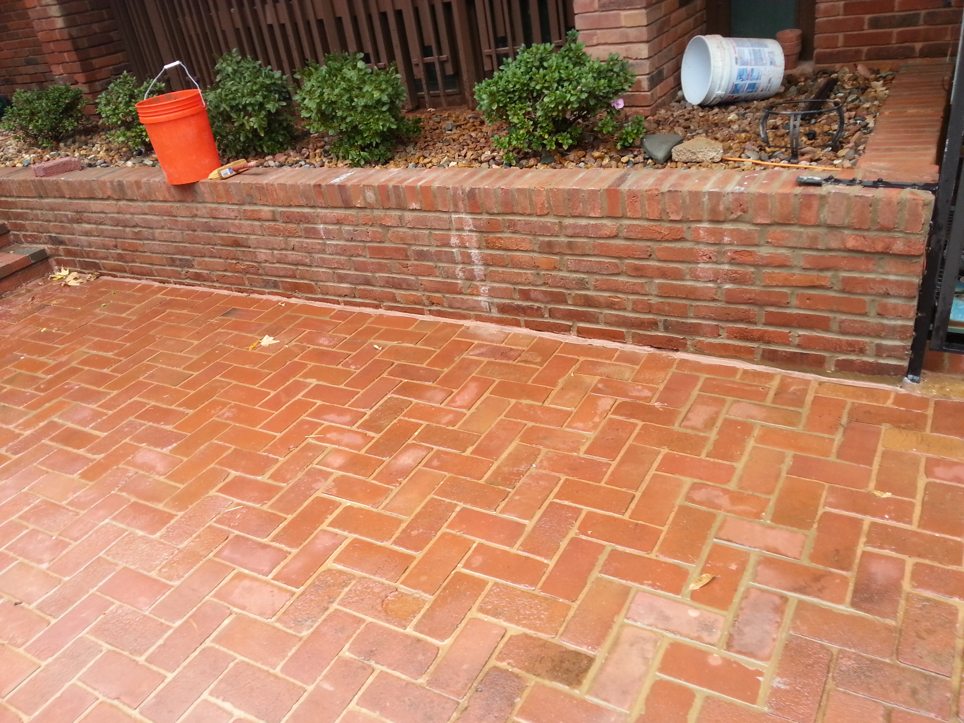 Brick Tuckpointing Before and After Pictures of Walls