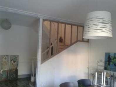 Ouverture vitrée dans une cage d\'escalier ...   Atelier du Bois