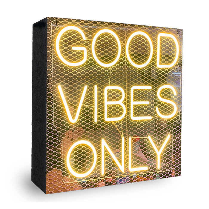good vibes only neon Bild