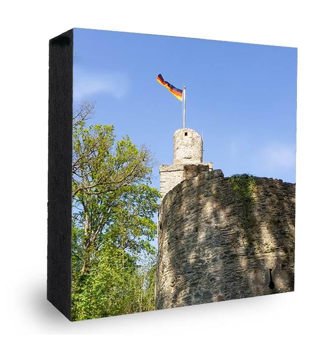 Falkensteiner Burg Eingang