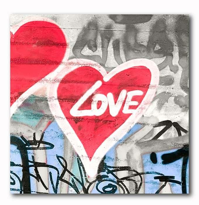 Love Graffitie mit Herz als Bild