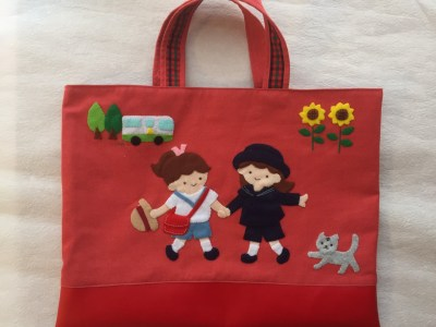 第2回 レッスンバッグのお色と素材:赤いバッグについて