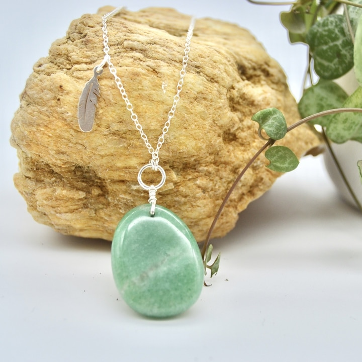 sautoir-Chrysoprase-piece-unique-collection-bijoux-pierres-lithoterapie-argent-naturel-5