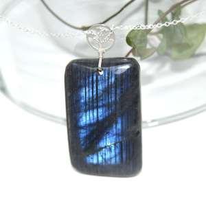 sautoir-labradorite-bleu-foncé-piece-unique-collection-bijoux-pierres-lithoterapie-argent-naturel-3