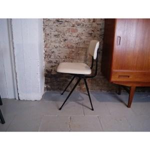 chaise-frisocramer-1