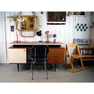 gd-bureau-et-chaise