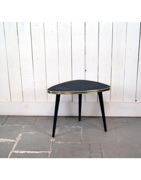 table-tripode