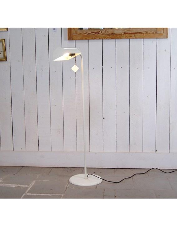 lampe-sur-pied-blc-1