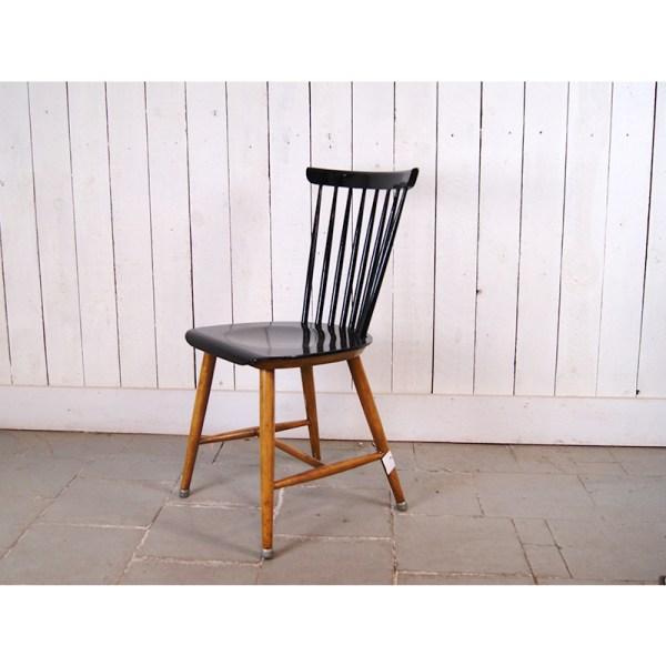 chaise-noire-2
