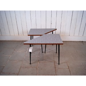 petites-table-module-2