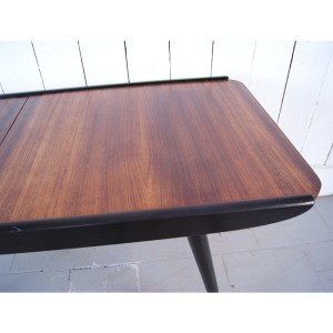 table-cafe-sued-1