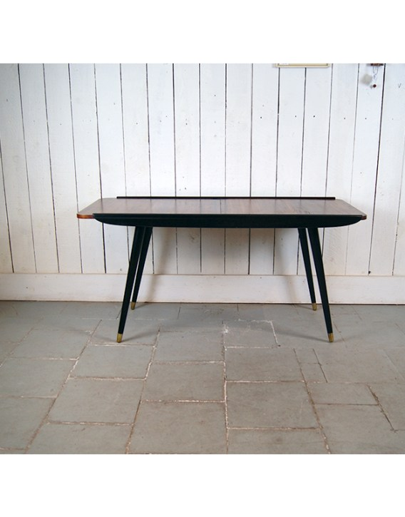 table-cafe-sued-4