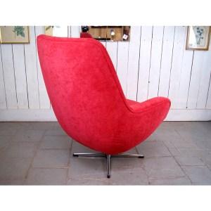 fauteuil-rouge-tournant-3