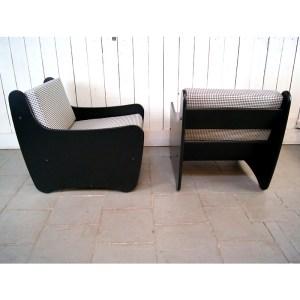 paire-fauteuil-noir-pied-de-poule-4