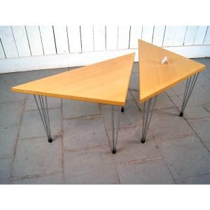 paire-de-tables-bois-clair-1