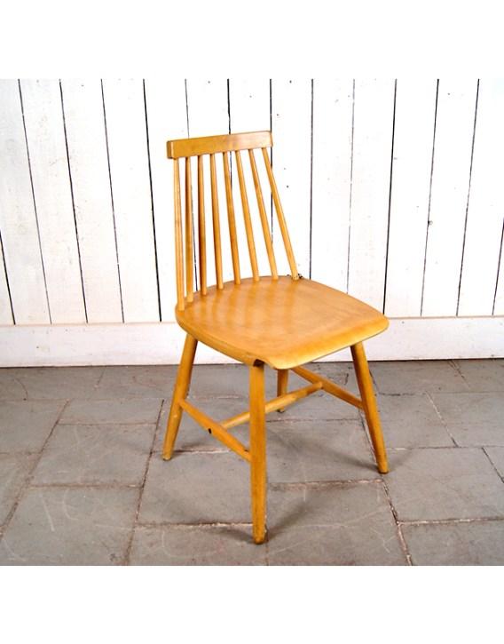 chaise-a-barreaux-1