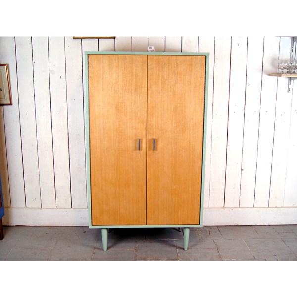 armoire-vert-et-clair-2
