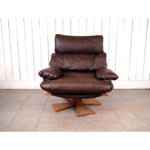 fauteuil-tournant-cuit-brun-2