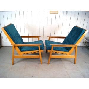 paire-de-fauteuils-scandinave-velour-vert-1