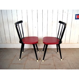 6-chaises-B-noir-et-skai-rouge-1