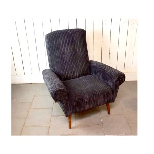 2-fauteuils-velour-gris