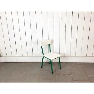 chaise-kid-vert-et-blc-1