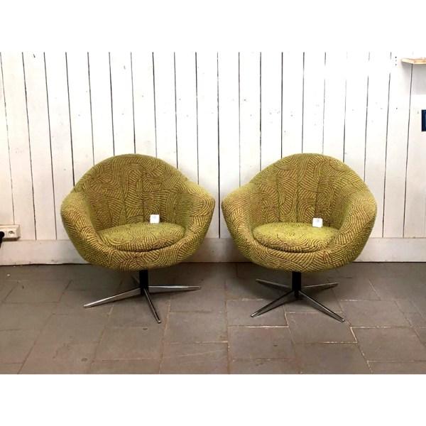 2-fauteuils-boule-vertes-1