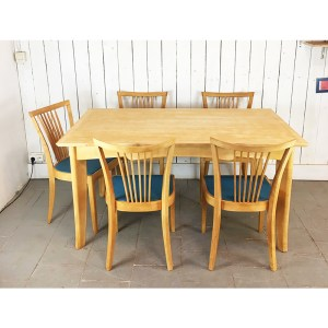 table-citronn-+-5-chaises-1
