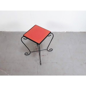 mini-table-fer-rouge-1