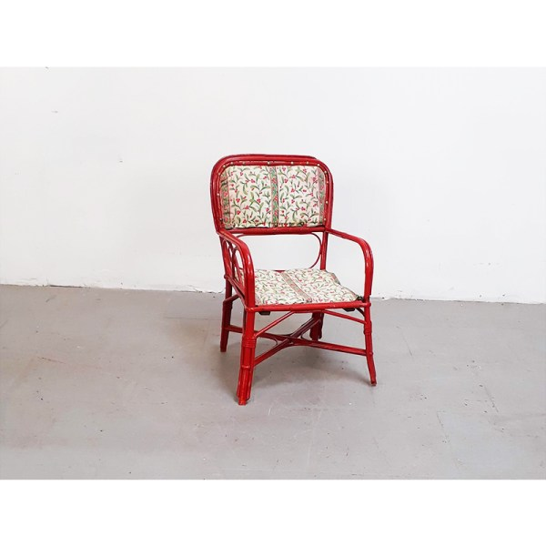 chaise-rotin-rouge-1