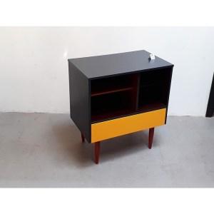 meuble-tiroir-jaune–