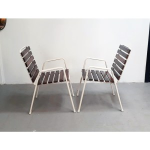 4-chaises-ext-blanches-1