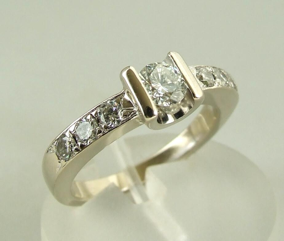 14 karaat wit gouden ring met diamanten kopen Wit gouden ring