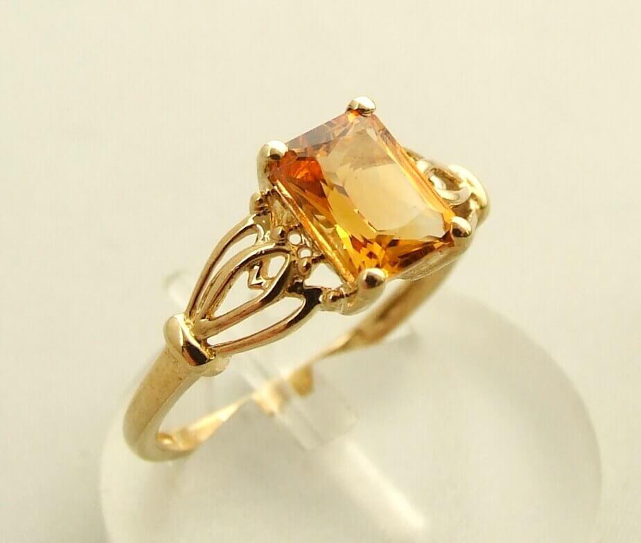 Geel gouden citrien ring kopen Geel gouden citrien ring