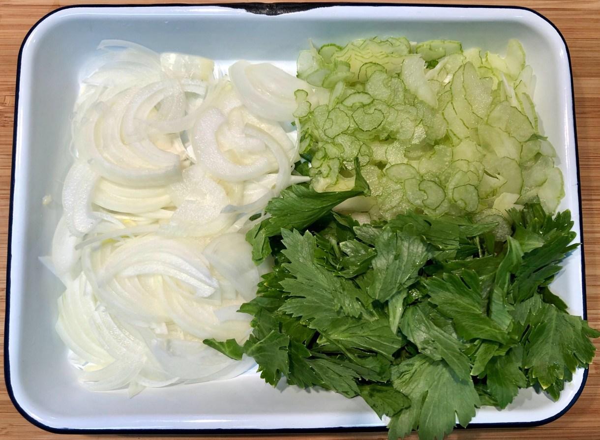 お店の定番メニュー!野菜たっぷりスープのレシピ公開 1