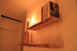 159€ - Étagères en bois 100% faites main. 2 planches de bois brut et câbles de suspension.