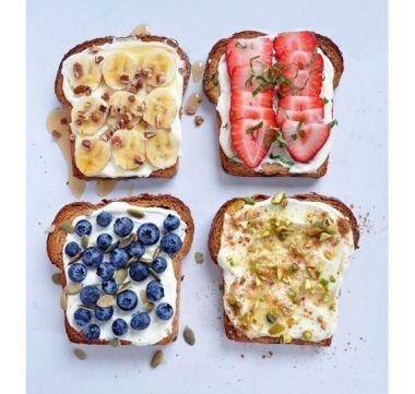 toast-fruits