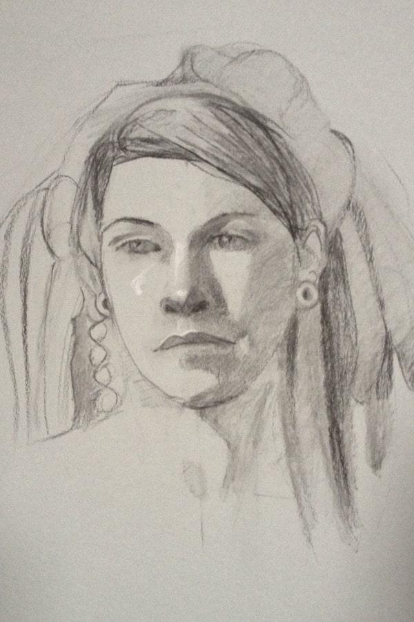 Portrait de femme au crayon