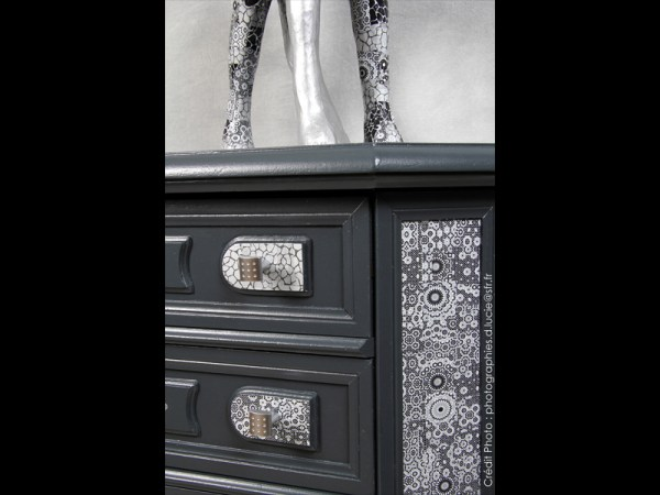Meuble-art-deco-noir-aluminium-artiste-commode-2