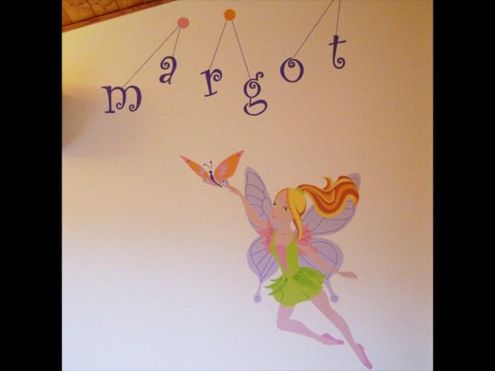 fresque-decoration-handpainting-chambre-enfant-fée-fleurs-couleurs-2