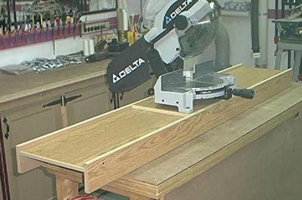support portatif pour scie a onglets portable miter saw station