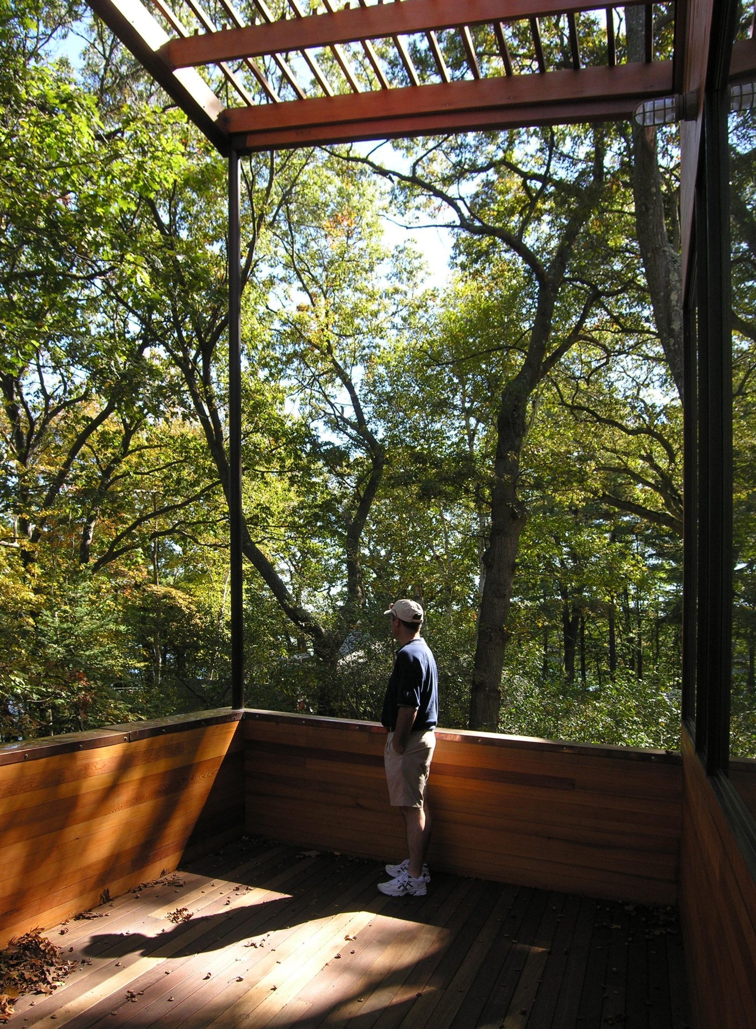 Modern lake house roof deck