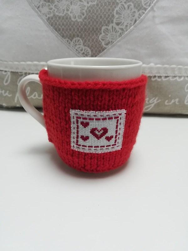 red-love-knit-mug
