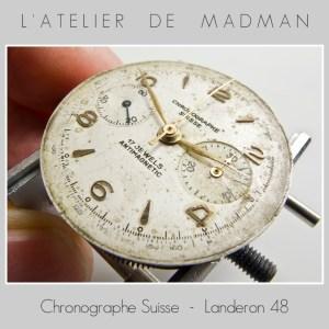 Le cadran est assez sale et abîmé. Je ne tenterai qu'un simple nettoyage de la crasse, une restauration n'est pas souhaitée par le propriétaire de la montre.