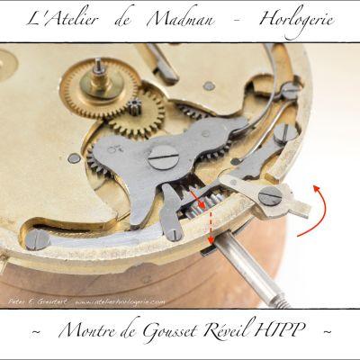 """La sélection du barillet à remonter se fait à l'aide de ce petit levier. Ici il est en position """"barillet de montre"""". Le pignon coulant transmet sa rotation au pignon de remontoir."""