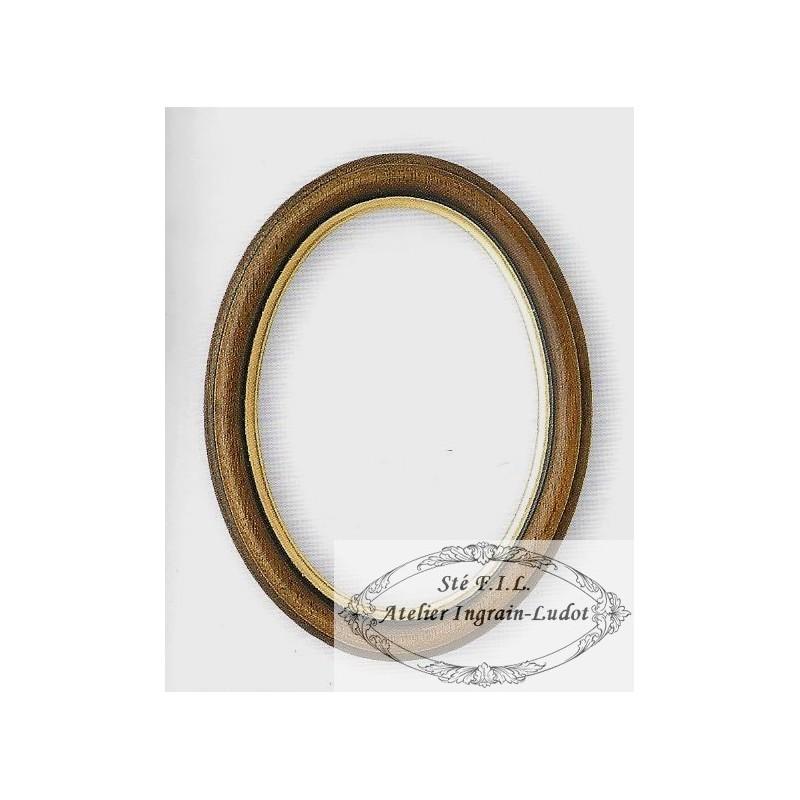 cadre ovale en bois brut