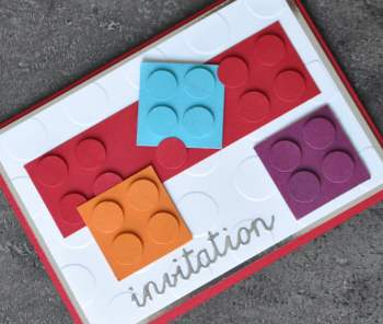 Cartes d'invitation LEGO par Marie Meyer Stampin up - http://ateliers-scrapbooking.fr/